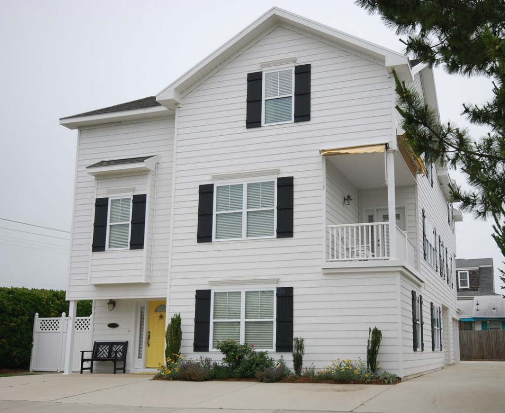 The savannah duplex gmf architects house plans gmf for Coastal duplex house plans